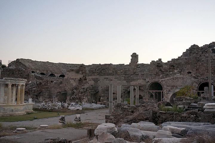 131015-006-Side-Turkiet